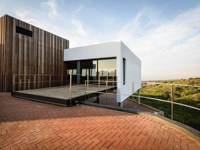 38 Douglas Saunders Road Office To Rent, North Durban